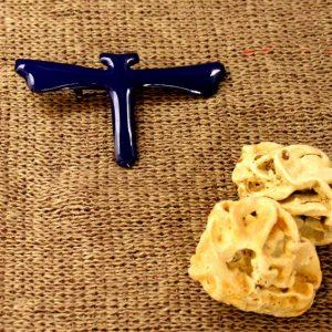 Broche de esmalte realizado a mano en forma de libélula