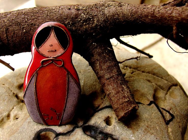 Broche muñeca rusa Kuttara