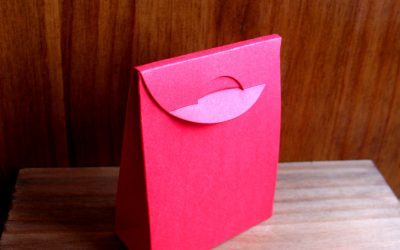 Cajita-sobre roja