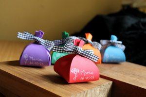 Bolsita de caramelos para regalar a los niños en las boda